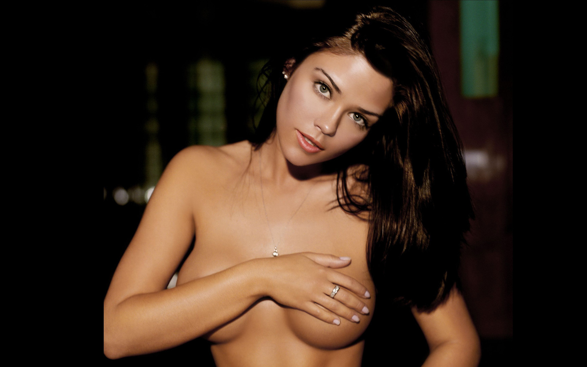 Susan ward nude boobs in the in crowd picture