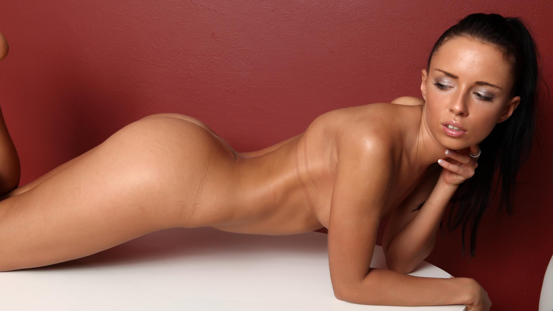 Mc nudes porn site review