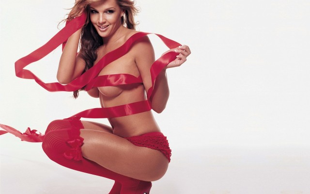 Danielle Lloyd. Desktop wallpaper